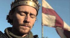 Tom Hiddleston - Henry V Shakespeare History, Shakespeare Love, William Shakespeare, The Hollow Crown, Jeremy Irons, Moment Of Silence, Richard Iii, Tom Hiddleston Loki, British Actors