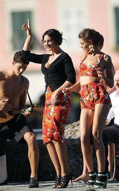 Monica Bellucci e Bianca Balti per Dolce & Gabbana, 2011 Italian Women, Italian Beauty, Italian Style, Monica Bellucci, Most Beautiful Women, Amazing Women, Cheap Womens Tops, Bianca Balti, Italian Actress