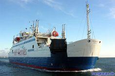 Mercandia VIII under indsejling i Helsingør Havn (2008)