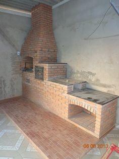churrasqueira de alvenaria completa passo a passo em betim Barbecue Four A Pizza, Brick Bbq, Backyard Buildings, Rocket Stoves, Summer Kitchen, Hearth, Outdoor Living, Kitchen Design, House Plans
