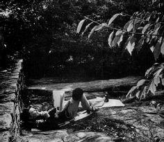 Katharine Hepburn in Central Park. [New York Magazine | Feb. 16, 1976]