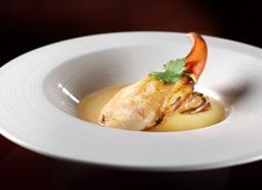 Meet the Chef – Paul Lau of Tin Lung Heen at the Ritz Carlton, Hong Kong. Lobster Claw at Dim Sum.