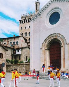 "Yellow blue and black are the colours of ""Festa dei Ceri"" . Every May 15th in #Gubbio one of the most beautiful traditional festival of the world . #festadeiceri #festadeiceri2016 . #ceri #travel #traveling #festival #tradition #traditional #city #oldtown #town #umbria #italia #italy #igersitalia #ig_italia #instagramitalia #instagood #vsco #vscocam #whatitalyis #volgoitalia #solocosebelle #picoftheday #sun #sky #skylovers #love #people"