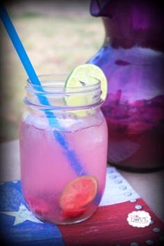 26 Delicious Flavored Water Recipes: Cherry-Lime Flavored Water
