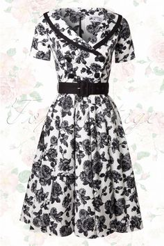 Bunny 50s Black and White Roses Swing Dress. Ook heel zwierig!