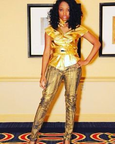 @shailynn_music rocks our HandPainted Metallic Gold Jeans.  @tmooremedia  ##fashion #styleblog #fashionblogger #jeans #handmade #gold #metallic #handpainted #vscocam #stylist #denim