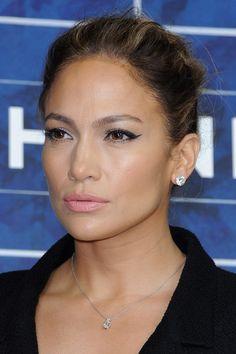 Jennifer Lopez - Chanel: Photocall - Paris Fashion Week Womenswear Spring / Summer 2013