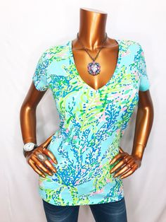 Lilly Pulitzer L Top Blouse V Neck Cotton Stretch Tee Shirt Branches Fish Stars  | eBay