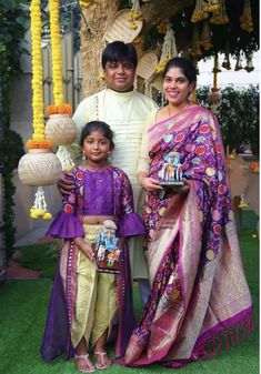 Kids Dress Wear, Kids Gown, Little Girl Dresses, Baby Dress, Mother Daughter Dresses Matching, Mother Daughter Outfits, Matching Family Outfits, Kids Indian Wear, Kids Ethnic Wear