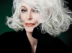 Carmen Dell'Orefice turns 80, and is the world's oldest working model. She appeared on the October 1947 cover of Vogue, at age 15, one of the youngest cover models ever. She is still a very popular model, earning up to 100,000 a day.