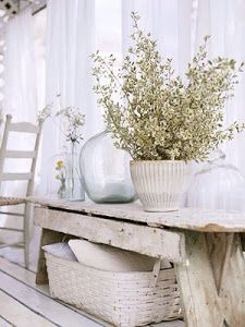Vintage On A Dime! Seaside Cottage Decor...: Vintage White Dreams......