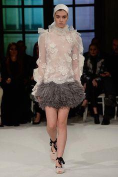 Giambattista Valli Spring 2017 Couture Collection Photos - Vogue