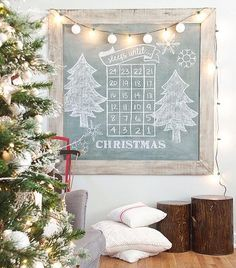 """Allison of @thegoldensycamore used her custom """"vintage chalkboard"""" @mmsmilkpaint mix to create this adorable Christmas calendar 🎄👍🏻 To make your own, mix 3 parts #Boxwood (one of our Colors of the Month) with 2 parts #Artissimo 🎨. Season with chalk and enjoy! #vintagechalkboard #mmsmp #mmsmilkpaint #iheartmilkpaint #movemountainsinyourhome #christmascalendar #peintureaulait #milchfarbendeutschland #milchfarben #mjölkfärg"""