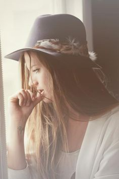 Janessa Leone Hats  #hat #feather