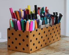 marker caddy Mom toys is an awesome idea for our coloring supplies!