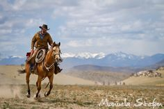 Montana Horse Roundup Photo Journey - By Manuela Stefan on Equitrekking