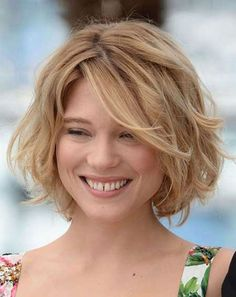 Short hairstyles for wavy hair with swept bangs - Cool & Trendy Short Hairstyles 2017