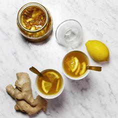 Podstawowy syrop imbirowy - świetny jako dodatek do napoi, drinków, piwa. Syrop imbirowy ze świeżego imbiru, samokonserwujący.