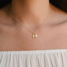 Gold filled hamsa pearl pendant necklace