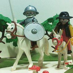 Brinquedos Playmobil em homenagem a Dom Quixote, Rocinante e Sancho Pança. Playmobil toys in honor of Don Quixote, Rocinante and Sancho Panza. Juguetes de Playmobil en honor de Don Quijote, Rocinante y Sancho Panza. #playmobil #juguetes #toys #toy #domquixote #donquijote #donquixote #donquichotte #sancho #sanchopanza #sanchopança #rocinante #brinquedo #juguete #criança #children #spain #espanha #españa