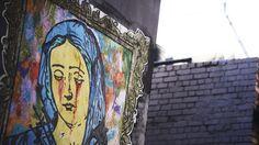 Public art in Hosier Lane, Melbourne, Victoria, Australia. Super excited for some Australian street art! Grafitti Street, Happy City, Visit Melbourne, Source Of Inspiration, Event Calendar, Street Artists, Walking Tour, Public Art, Victoria Australia