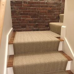 Stair Runners With Pie Turns Landings Pinner Seo Name S   Runners On Stairs With Landings   Roger Oates   French Tuck   Annie Selke   Before And After   Runners Up