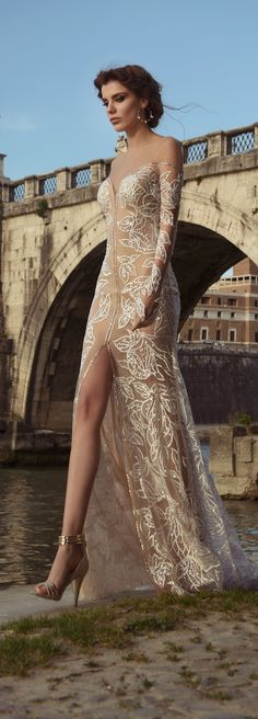Julie Vino Bridal Spring 2017 - Roma Collection Wedding Dress - Belle The Magazine