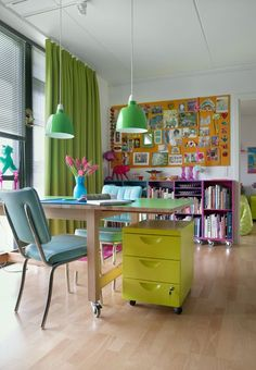 Love the colors  lovely, open, inspiring workspace