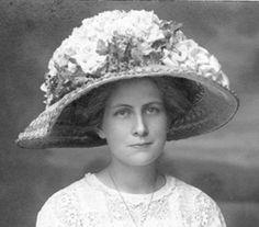 Edwardian floral bouquet hat.