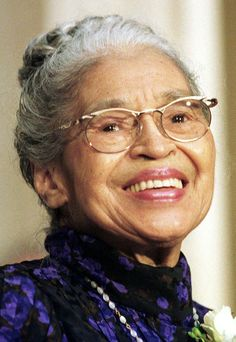 Rosa Parks, african american civil rights advocate and educator! Black Woman
