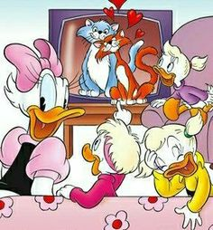 Pato Donald Y Daisy, Donald Duck, Bullet, Disney Characters, Fictional Characters, Tags, Comics, Friends, Beautiful