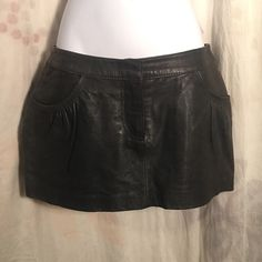 H&M Genuine Leather Skirt sz 4 Sexy Mini Divided Amazing leather skirt, yes real leather! No issues, gently worn, a few minor leather scuffs - let's be friends add me on Instagram @OrnamentalStone Facebook Group: Jaded And Traded Pinterest OrnamentalStone /Jaded And Traded Clothes For Sale xoxo H&M Skirts Mini