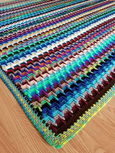Scrap Yarn Stash-Buster Blanket Free Crochet Pattern – Crochet Instinct Hannah's Crochet Square Pattern, Afghan Crochet Patterns, Crochet Stitches, Crochet Bedspread, Crochet Blocks, Crochet Pillow, Square Patterns, Knitting Patterns, Crochet Afgans