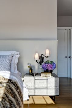 Tamara Magel Hamptons Designer is an award winning interior designer. This collection of interiors are from the Hamptons and New York City.