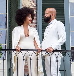 The 28 year old Solange Knowles and her 51-year-old video director boyfriend Alan Ferguson tie the knot!
