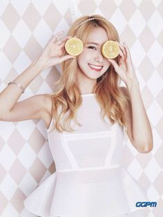 SNSD Yoona - Girls' Generation 2016 Global Calender
