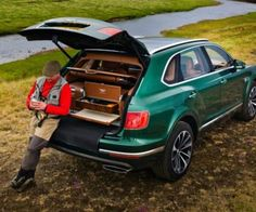 La SUV perfecta para pescar: Bentley Bentayga Fly Fishing Mulliner @bentleymotors #bentley #car #cars #auto #automóvil