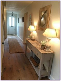 Interior Doors Ideas You'll Love ⋆ Home & Garden Design Best Interior, Interior Design, Interior Doors, Style At Home, Narrow Hallway Decorating, Flur Design, Hallway Designs, Hallway Ideas, Hallway Inspiration