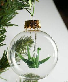 Une boule de Noël avec un origami / diy boule de noel transparente