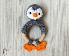 Mordedor pingüino a crochet, patrón gratis