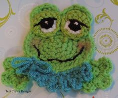 Finally the sun is shining and there is a new Frog Applique Pattern. This fun fellow uses worsted weight yarn and a size F mm) cr. Crochet Frog, Crochet Gratis, Crochet Round, Cute Crochet, Crochet Motif, Crochet Flowers, Crochet Hooks, Crochet Appliques, Frog Applique Pattern