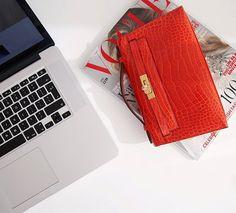 Hermès 'Pochette'  |  pinterest: @Blancazh