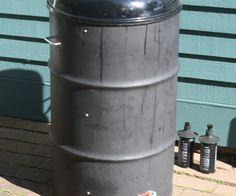 Ugly Drum Smokers are simple smokers to build and operate and yet put out some really good barbecue.  This Instructable will answer all your general questions about the UDS and how to cook with it.  Then I will show you how to build your own UDS.  These FAQs are based on my own smoking and the mountain of experiences of the members of The BBQ Brethren (which has sisters, too).  If you want to learn everything there is to know about UDS's then read the Brethren's Mother Of...