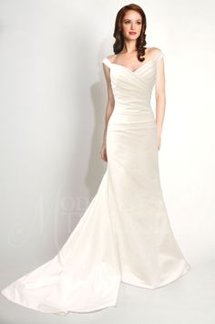 183 Best Ruched And Draped Wedding Dresses Images Bridal Gowns