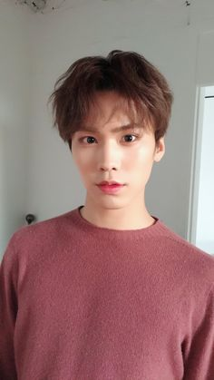 Rocky (라키) of ASTRO (아스트로) ❤❤ He's so adorable, I want to hug and squeeze him!!