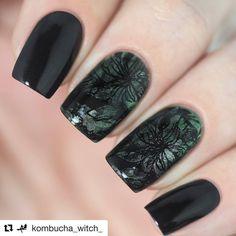 "Repost💅🏻 stamping nail art by: @kombucha_witch_ ・・・ ""Совершенный Изумруд"" + ""База Обсидиан"" от @masura.ru 😊💚 Стемпинг с плитки @faburnails FUN20 😘😘😘 #nails #nailswag #nailstagram #nails2inspire #nailsofinstagram #nailsdid #nailsoftheday #nailsart #nailsdone #nailsdesign #nailsofig #nailstyle #nail #nailart #naildesign #nailporn #nailedit #nailaddict #nailartaddict #naildesigns #nailpromote #nailartwow #nailgasm #instanails #instanail #unhas #stampingaddict #Masura #faburnails"