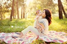 blog post for 15+ inspirational mom & child shots.