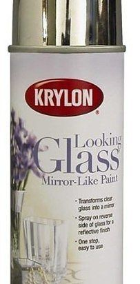 Faça orbs espelho para o seu quintal por aspersão-los com olhar pintura de vidro - seu jardim vai parecer ainda maior. | 33 Ways Spray Paint Can Make Your Stuff Look More Expensive