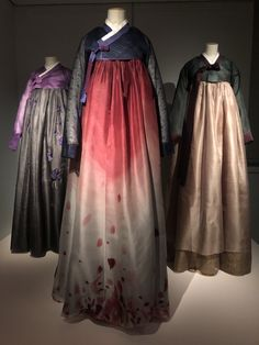 Lee Young, Korean Hanbok, Textiles, Korean Outfits, Tulle, Culture, Skirts, Inspiration, Clothes