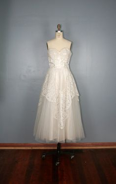 vintage  1950s  wedding  dress  JULIETTE  by PrettyLittleWorldVtg, $315.00